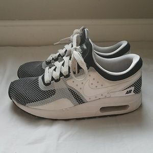 Nike Air Max girls sneakers size 3.5